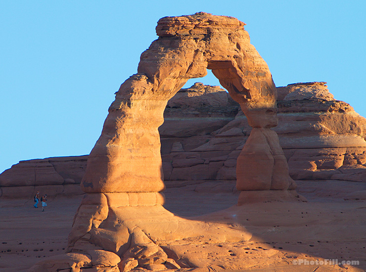 198-8261-delicatearch.jpg